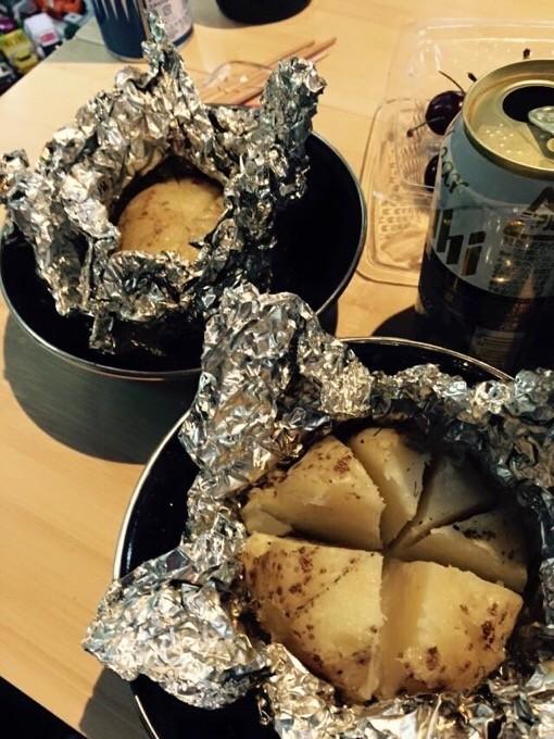 収穫したジャガイモでじゃがバター@有野実苑