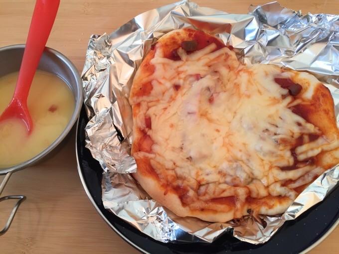 ハート型のピザ作り