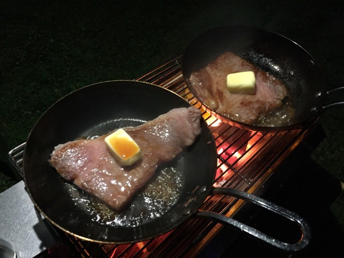 スキレットでステーキ