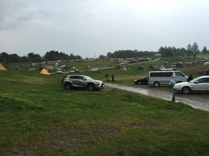 雨のスノーピーク本社キャンプ場