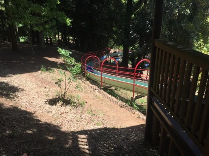 坂田ヶ池のローラー滑り台