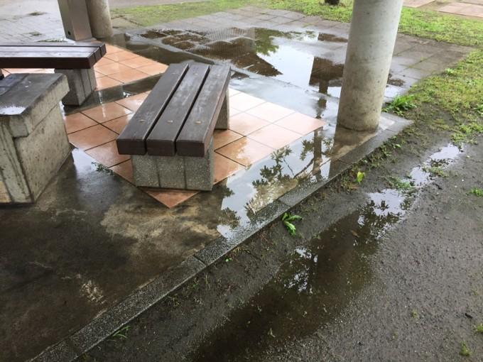 グリンヴィラは雨