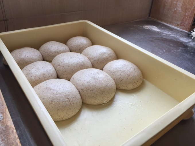ピザドゥの生地は全粒粉