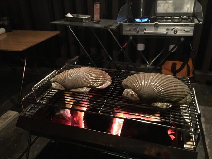 大きなホタテをユニセラで焼く