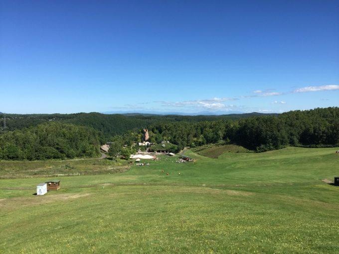 すずらんの丘展望台横まで登ったときの風景