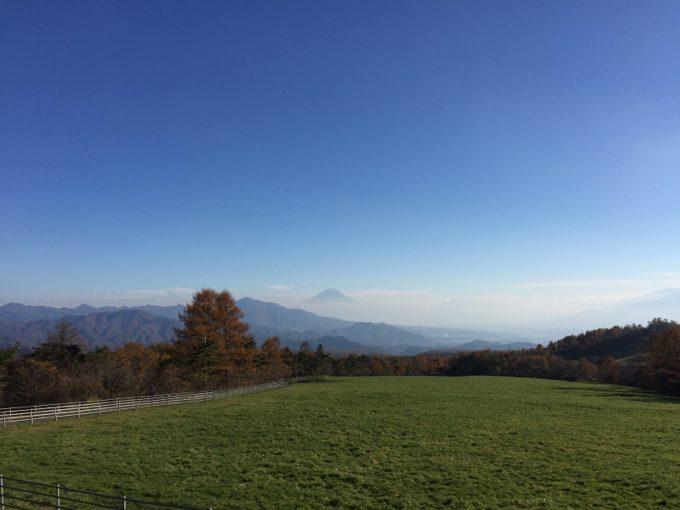 八ヶ岳牧場近くから眺める景色