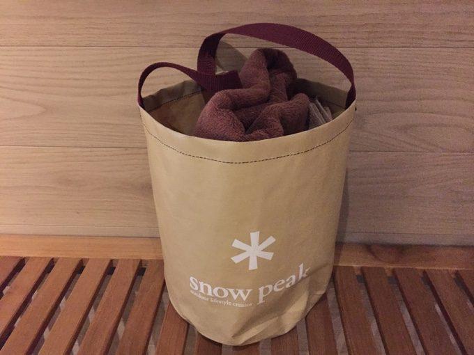 フリータイム入館のセットはスノーピークのキャンプバケツ
