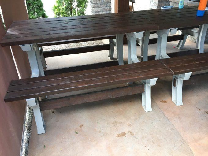 オートキャンプサイト語らいのベンチテーブル