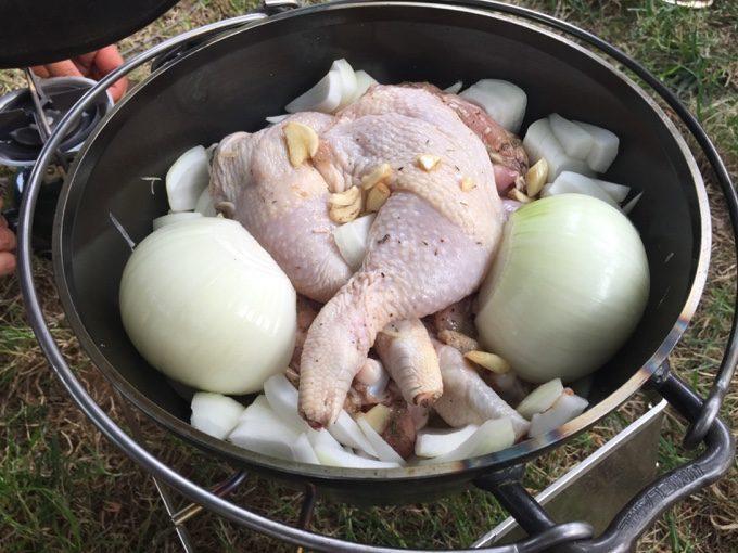 骨付き鶏もも肉でローストチキンレッグ