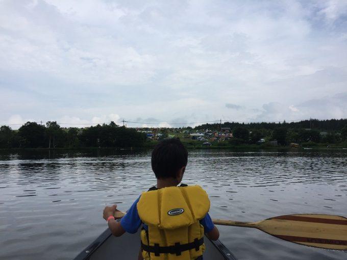 家族4人でカナディアンカヌー体験に出発