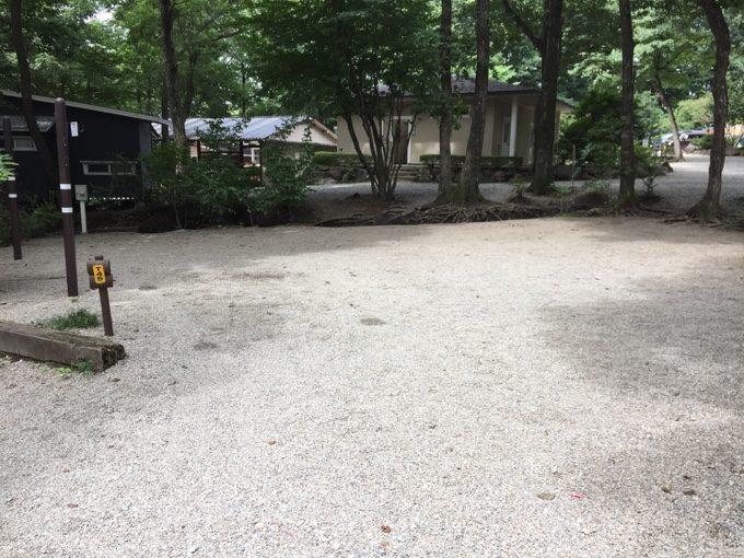 普通のオートキャンプサイトなのに広い
