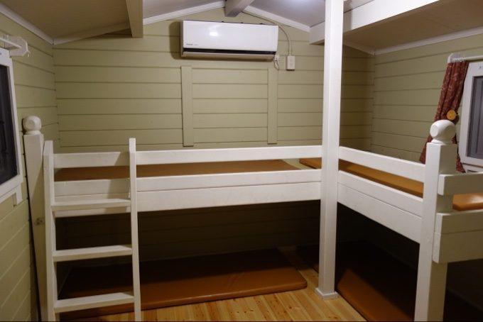 ツインキャビン語らいの2段ベッド