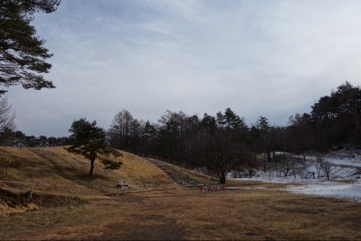 アスパラ青空ツアーの集合場所にはほとんど雪が見当たらず