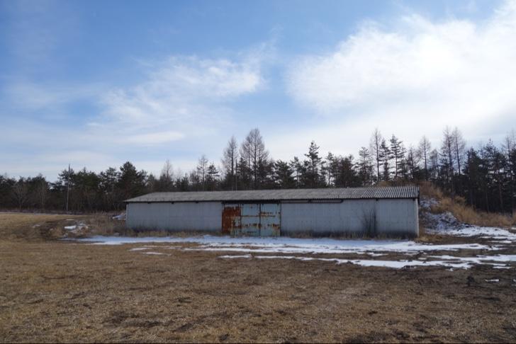 浅間牧場の未開放エリアにある歴史的建造物
