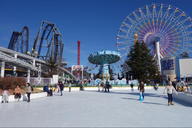 真冬の富士急ハイランドでアイススケート