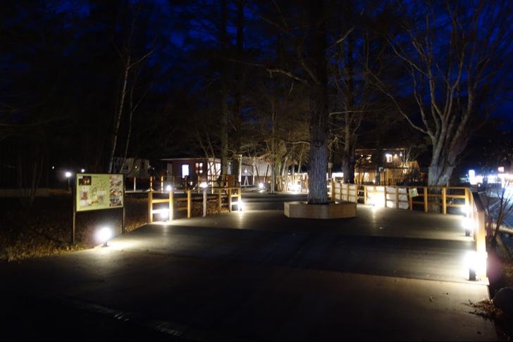 夜のPICA山中湖ヴィレッジが幻想的