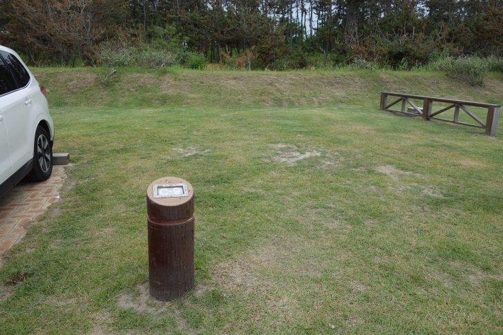 紫雲寺記念公園オートキャンプ場の区画サイト