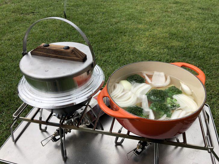 キャンプ羽釜とルクルーゼで夕飯作り