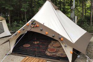 C&C那須高原のキャンプハロウィーンでグロッケを設営