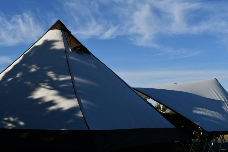 竜洋海洋公園オートキャンプ場でグロッケと山渓レクタを設営