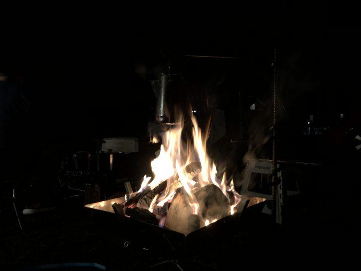 ファイアグリルラージで夜の焚き火を満喫