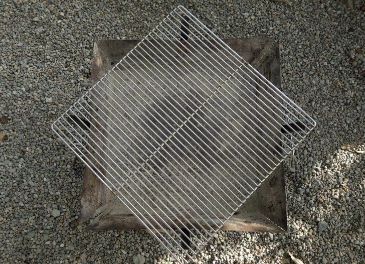 ステンレスワイヤー網のサイズは焼き網と同じ