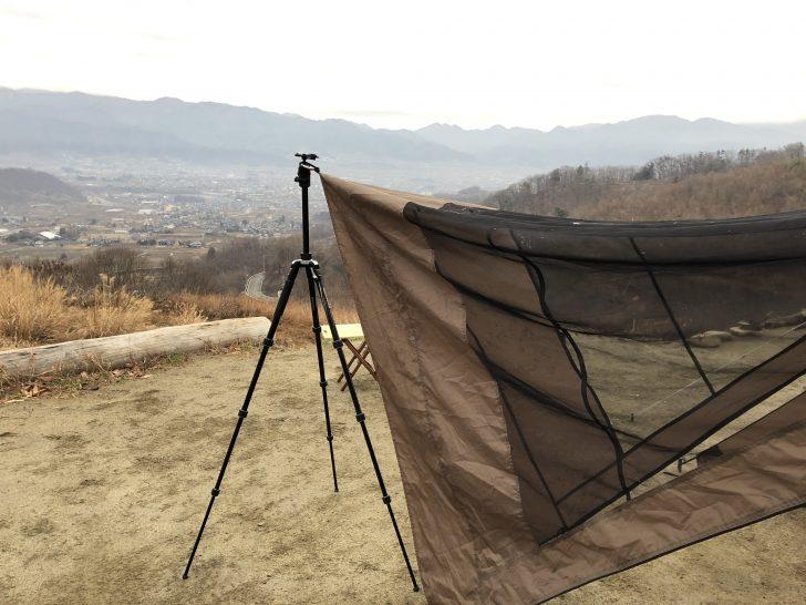 リビングシェルの乾燥にカメラの三脚が役立つ