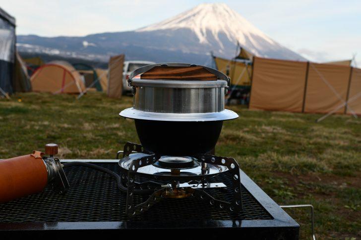 富士山とキャンプ羽釜のコラボレーション