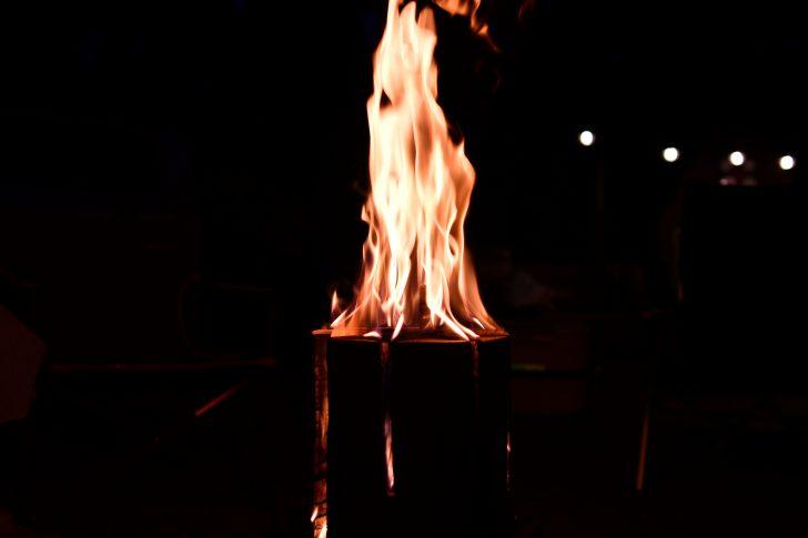 スウェーデントーチの燃え方が美しい