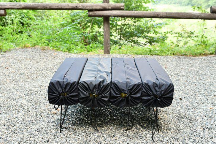 サーマレスト「Zライトソル」とオクトスの収納袋