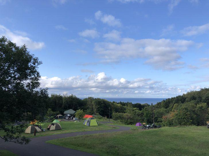 利尻島ファミリーキャンプ場ゆ~にから眺める海