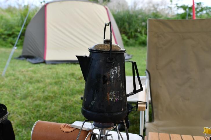 谷川岳PAで汲んだ湧き水で朝コーヒーを淹れる
