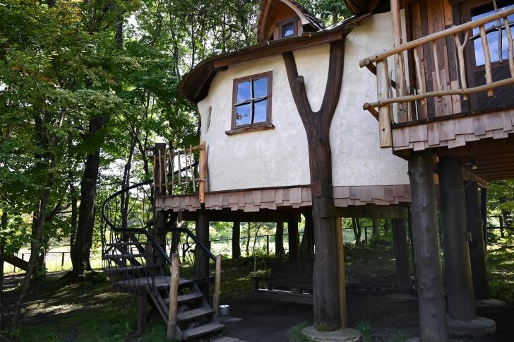 北軽井沢スウィートグラスのツリーハウスマッシュルーム