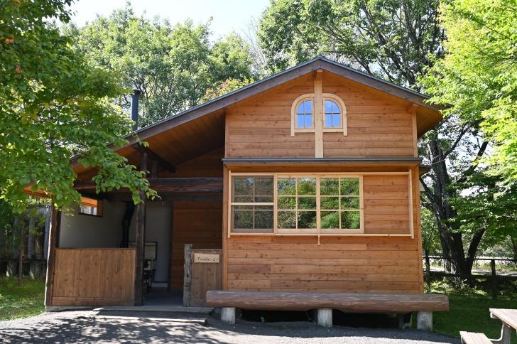 北軽井沢スウィートグラスの新コテージ「トゥーリ」