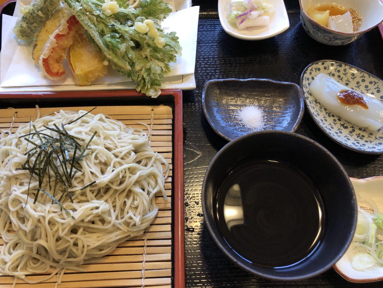 みらんど袋田で食べた奥久慈そばと野菜天ぷら