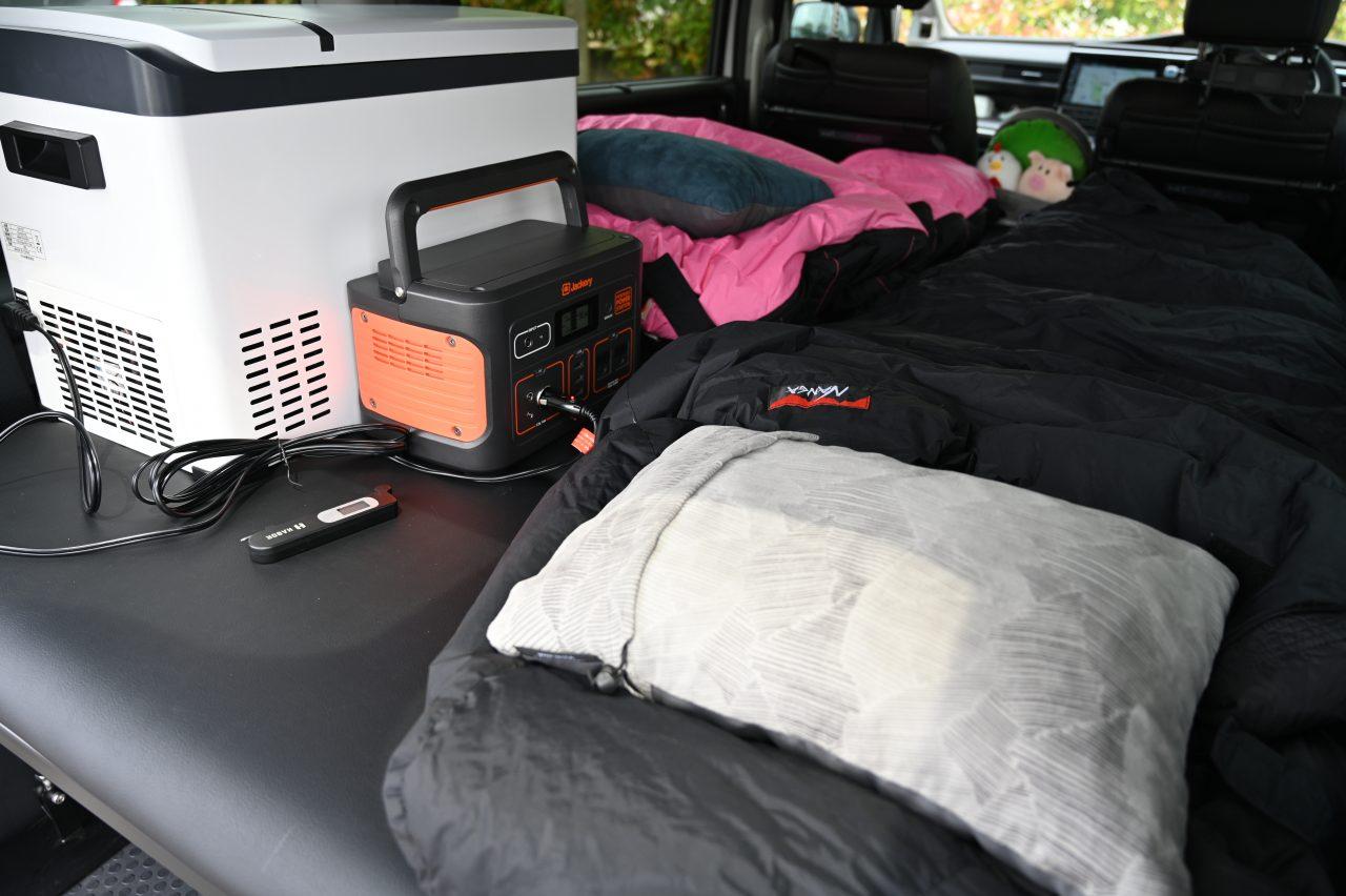 車載冷蔵庫とポータブル電源で車中泊が快適に