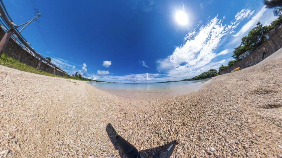 360度カメラRICOH THETA Z1で撮った夏の海辺