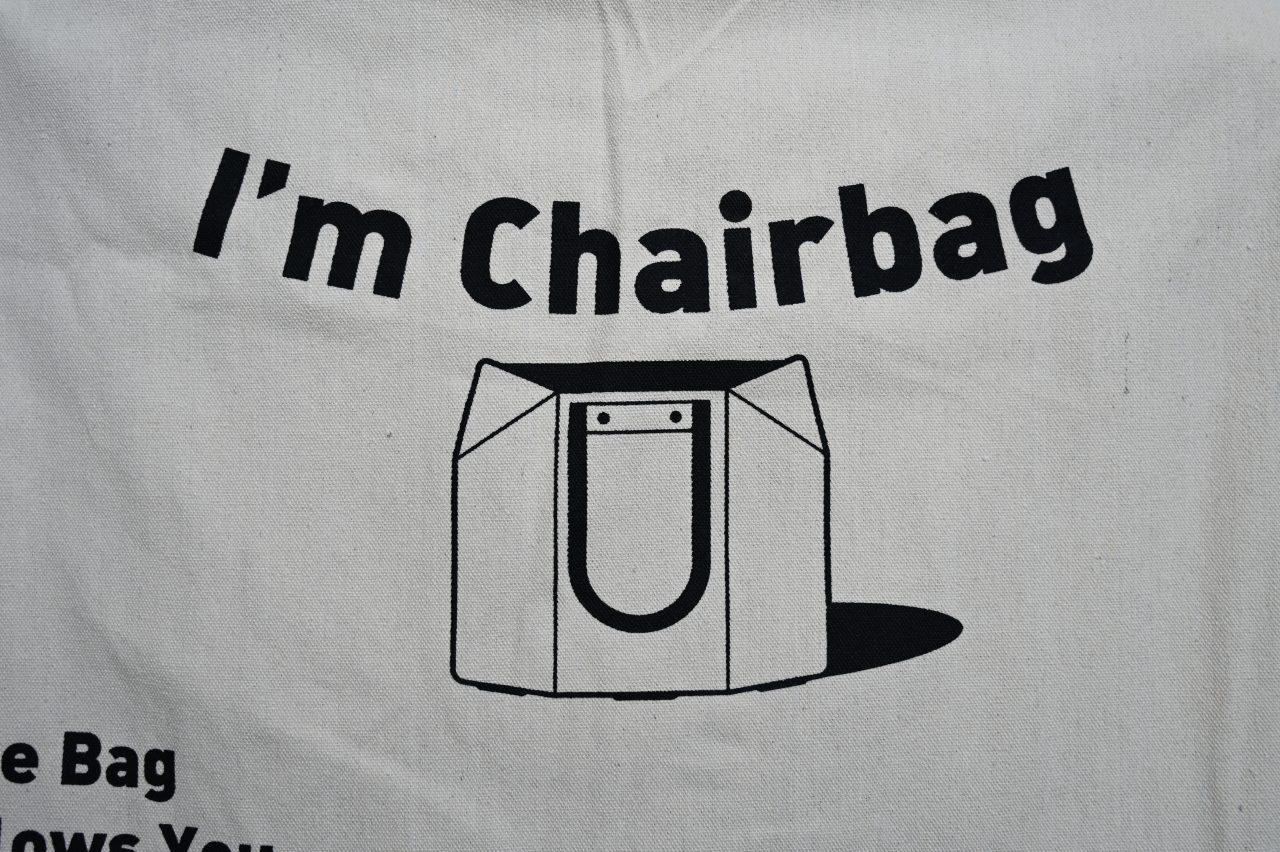トートバッグと椅子のコラボ製品