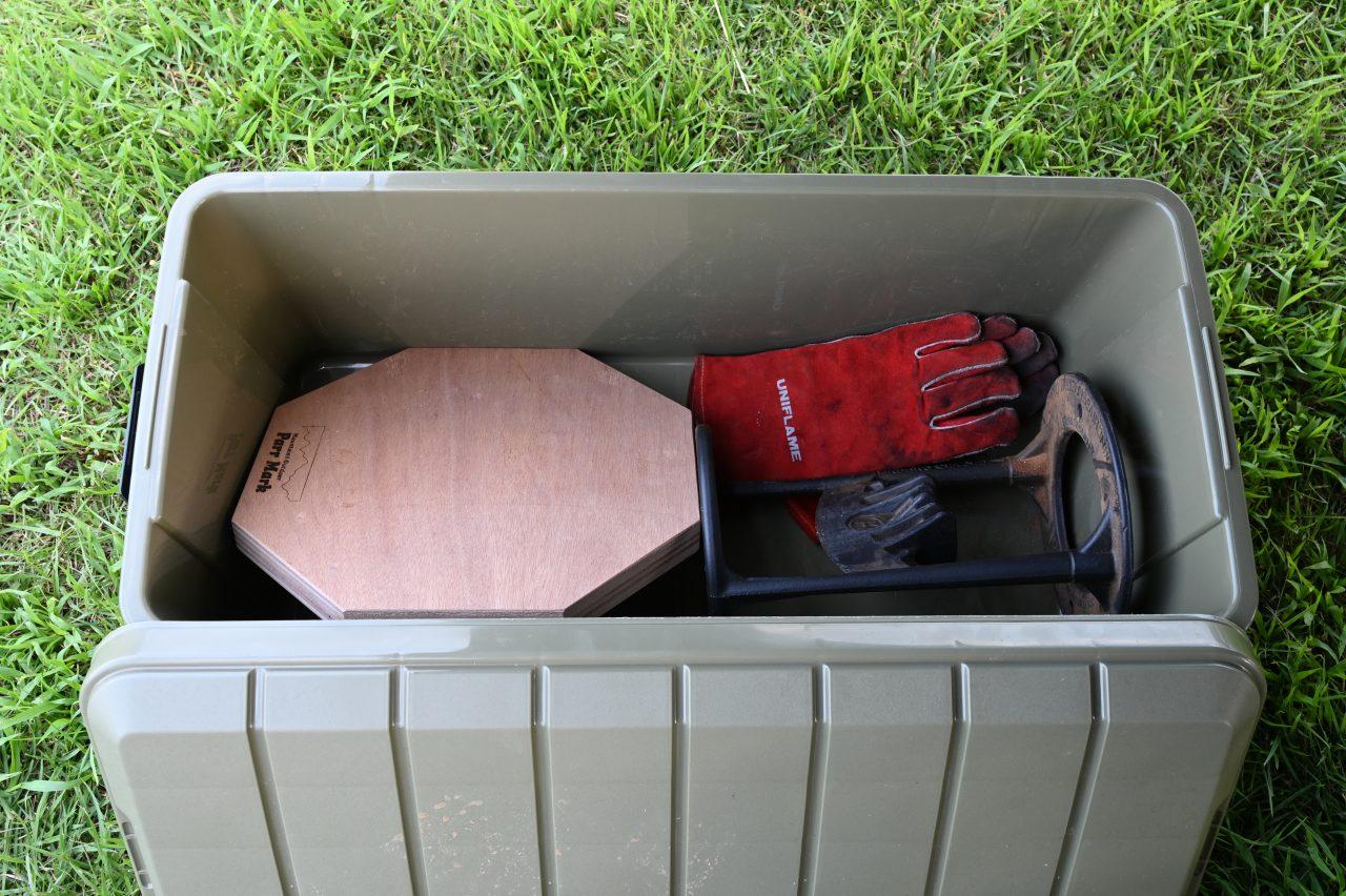 キンドリングクラッカーの一式が収まるODBOX