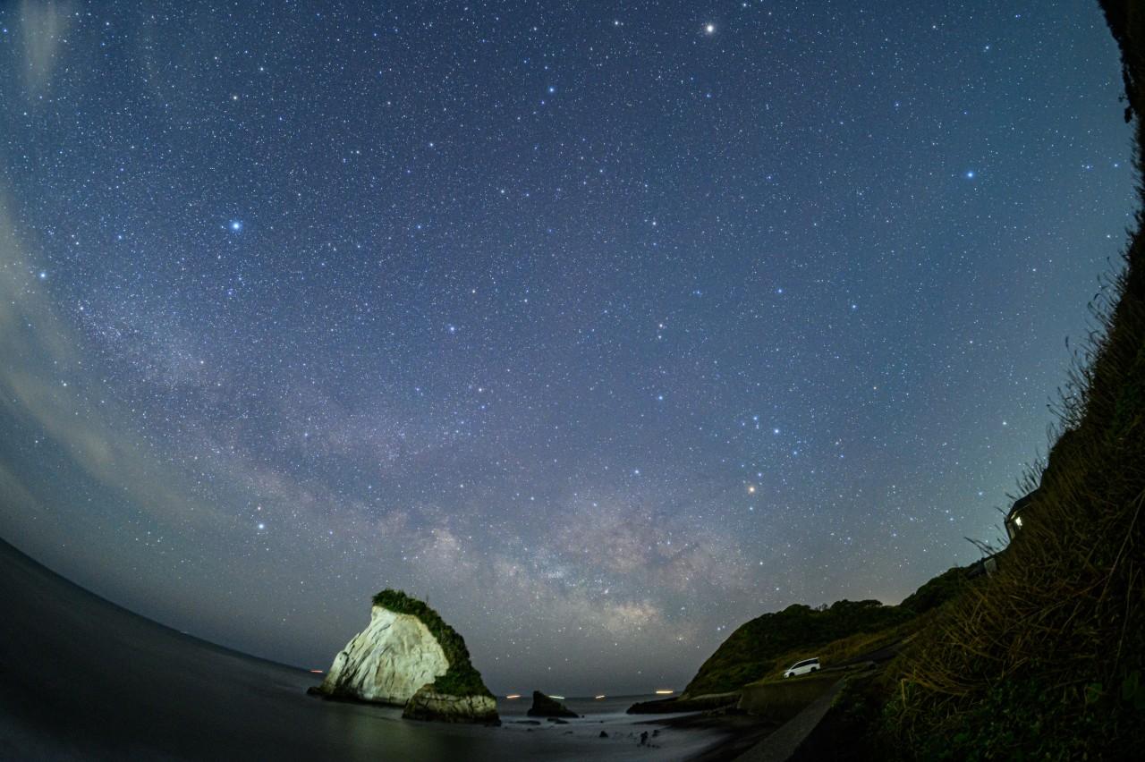 九十九里浜最南端近くの雀島で天の川を撮影