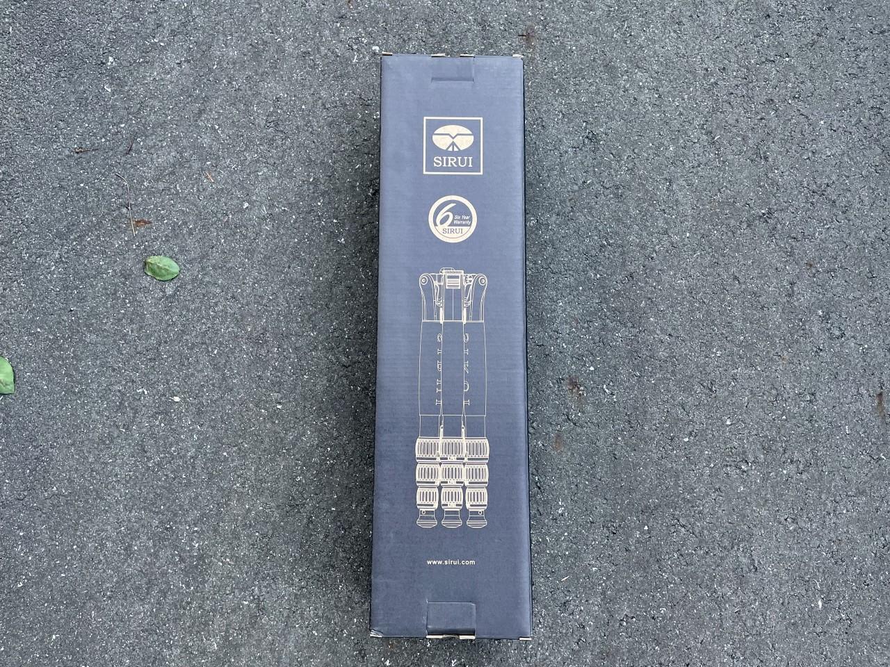 SIRUI T-1205SKの外箱