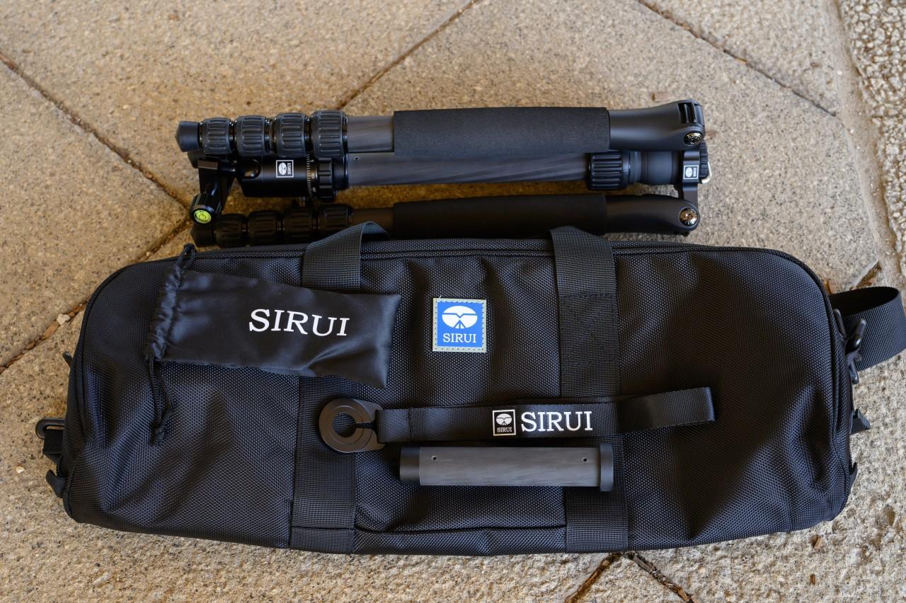 SIRUI T-1205SKは収納袋がやたらと大きい
