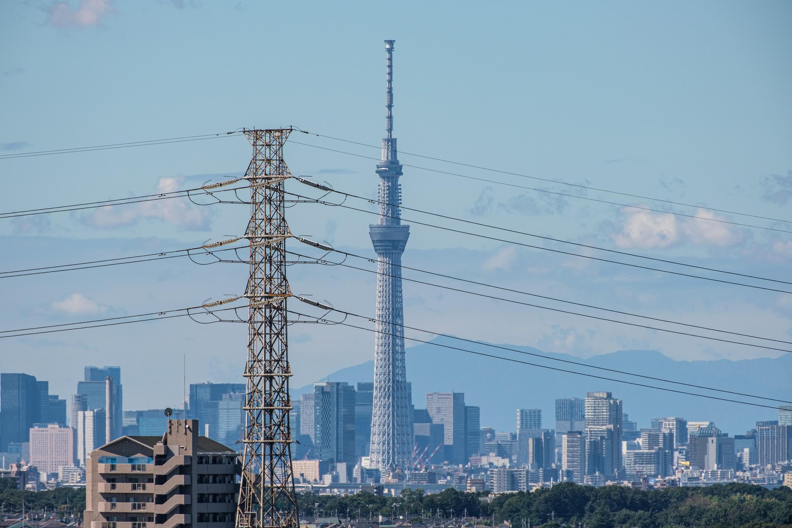 自宅のベランダから東京スカイツリーを撮ってみる